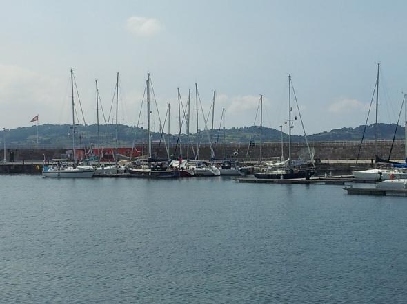 haven van Gijon, zoek de Aurora...