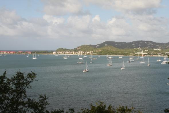 Rodney Bay van boven gezien