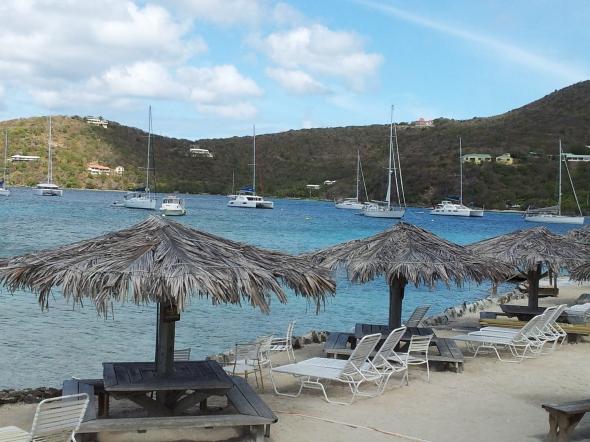 rumpunch op het strand, waar is de boot?