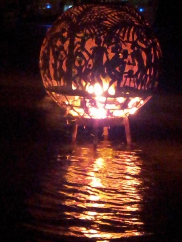 full moon party op Beef Island - Trellis Bay