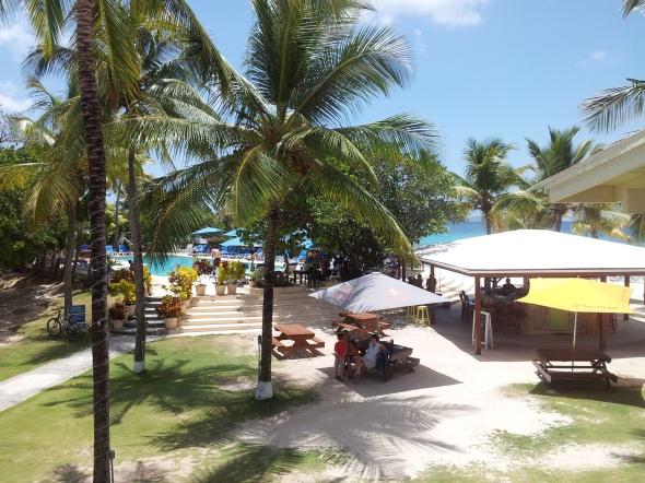 met weer een leuke beachbar voor de sundowners met ARC deelnemers