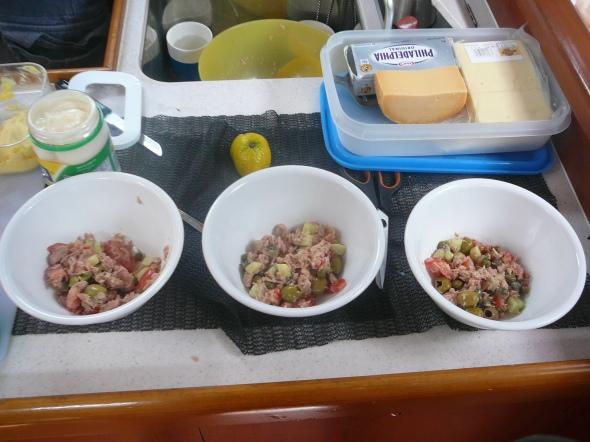 lunch met tonijnsalade van dirk