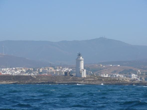 Tarifa, de zuidelijkste vuurtoren van Europa en begin van de straat van Gibraltar