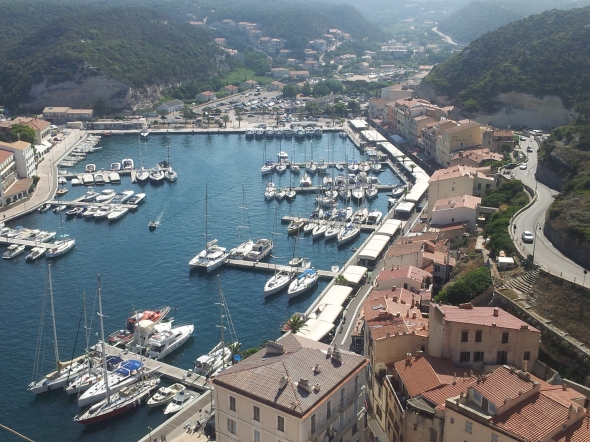 uitzicht op de haven vanaf de Citadel