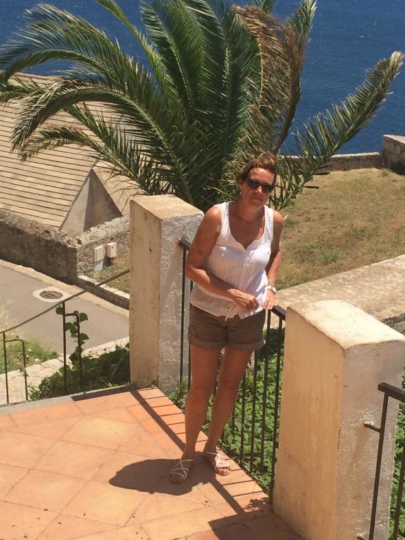 Marleen op de trap naar de Citadel
