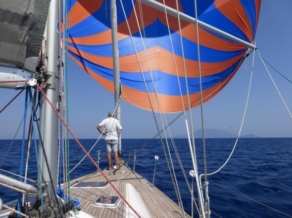 spi erop naar Ischia; de kapitein is tevreden