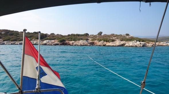 ankeren met lijn naar het eilandje